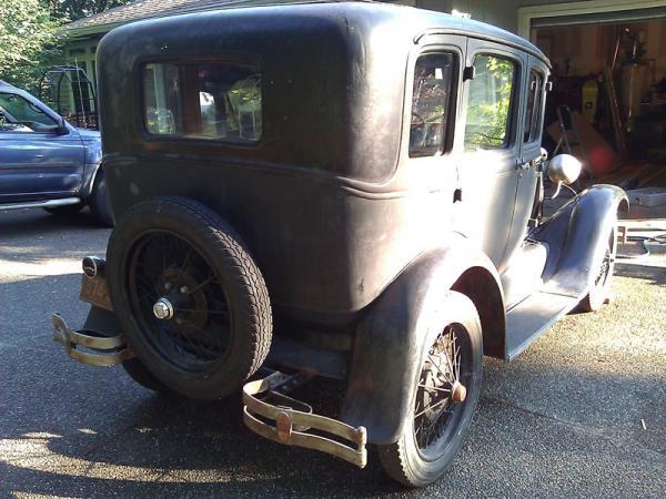 1929 Ford Model A Fordor Rear Corner