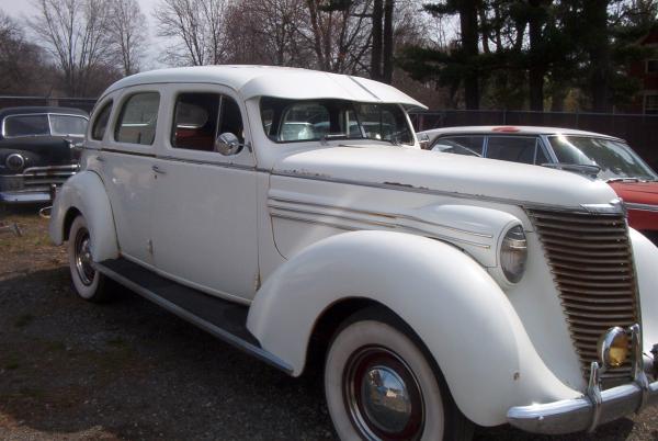 1939 Hupmobile Senior Six Front Cleaned