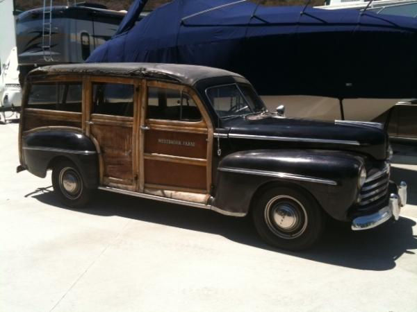 1947 Ford Woody Wagon Side