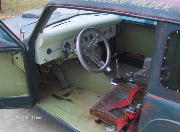 1948 Crosley Deluxe Gasser Interior