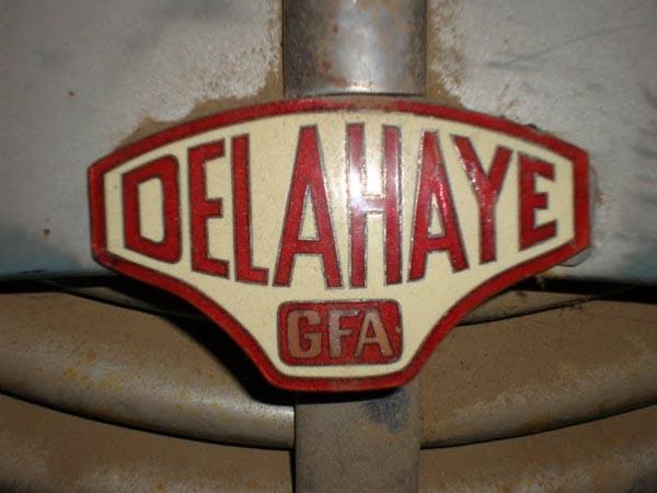 1949 Delahaye 135m Emblem