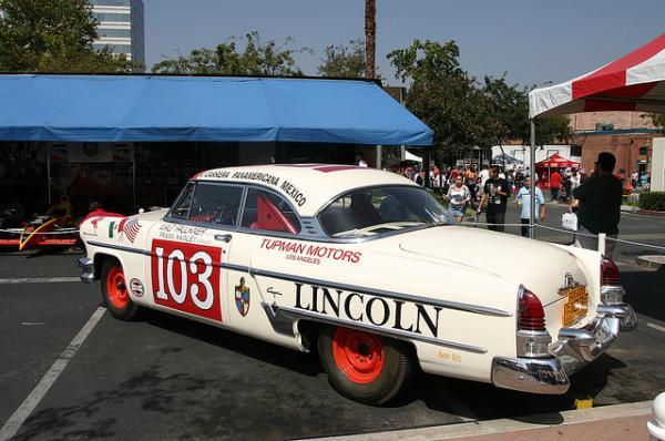 1954 Lincoln Capri Rear