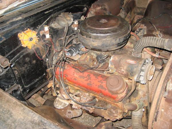 1956 Pontiac Star Chief Convertible Engine