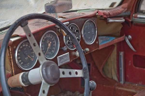 1957 Aston Martin Db2 4 Barnfind Interior