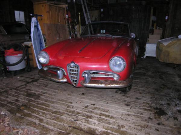 1957 Alfa Romeo Giulietta Veloce Spider Front Corner