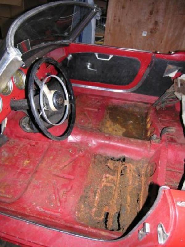 1957 Alfa Romeo Giulietta Veloce Spider Interior