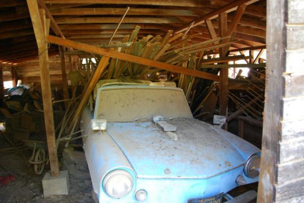 1960 Amphicar Barn Find Front Corner