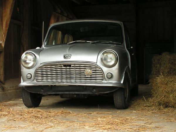 1960 Austin Mini Front