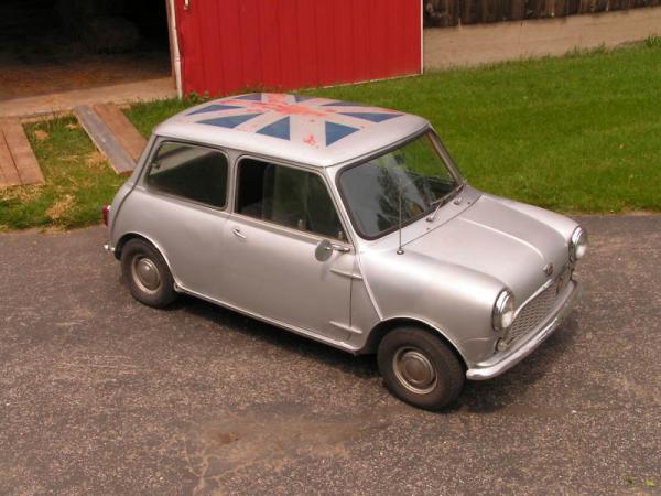 1960 Austin Mini Front Corner