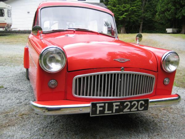1965 Bond Minicar Mk G Front Corner