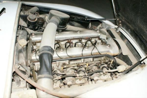 1966 Alfa Romeo 2600 Sprint Zagato Engine