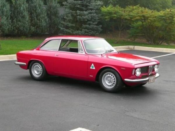 1966 Alfa Romeo Gta Side