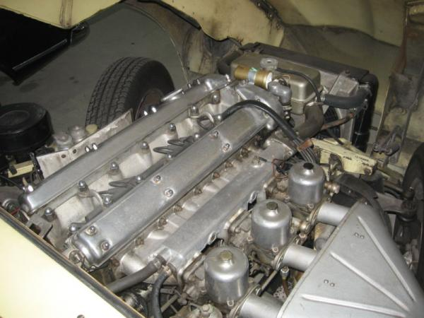 1967 Jaguar E Type Engine