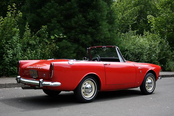 1967 Sunbeam Alpine Side