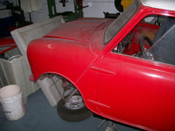1968 Austin Mini 1000 Front Fender