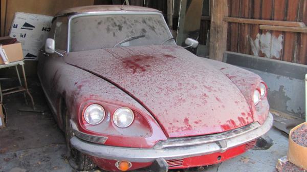 Grandpa 39 s garage find 1969 citroen ds for Garage ds auto ouistreham