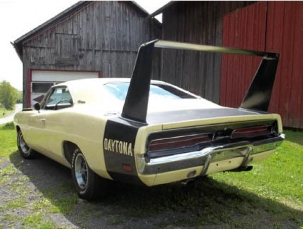 Big Bird 1969 Dodge Charger Daytona