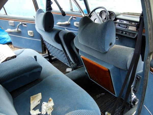1969 Mercedes 300 Sel Back Seat