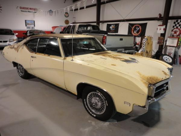 1969 Buick Skylark Gs Stage1 Front Right Corner