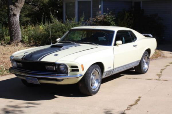 1970 Ford Mustang Mach 1 Front Corner