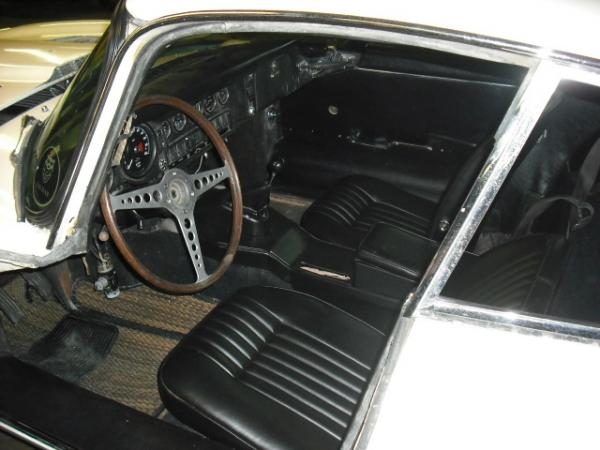 1970 Jaguar E Type Survivor Interior