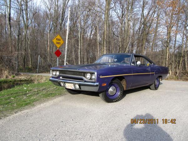 1970 Plymouth Roadrunner Front Corner