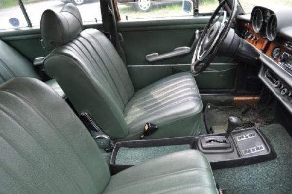 1972 Mercedes Benz 280 Se Interior