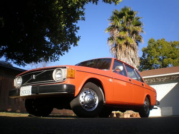 1974 Volvo 144 California Edition Front Left Corner