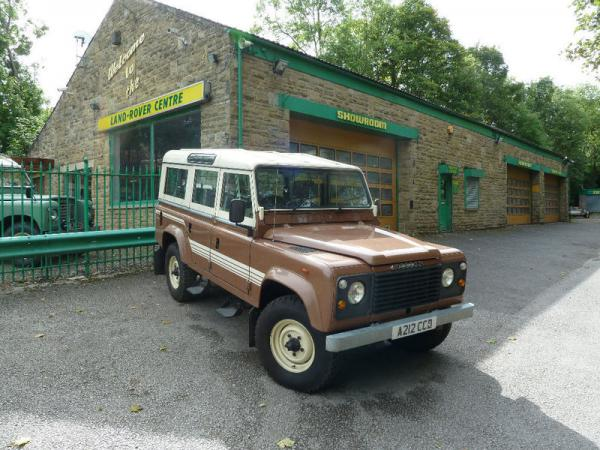 1983 Land Rover Front Corner