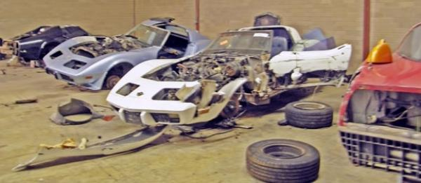 Salvage Corvette Stingrays