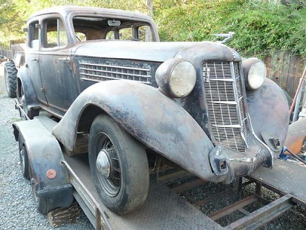 Walled In 1935 Auburn 653