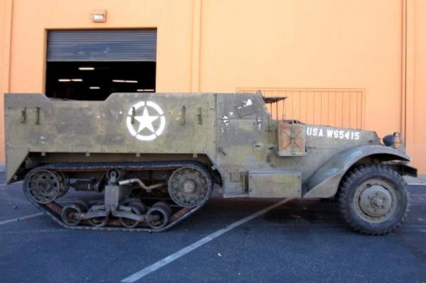 1945-White-M2A1