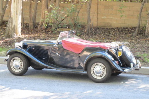 1951-MG-TD-Survivor-side