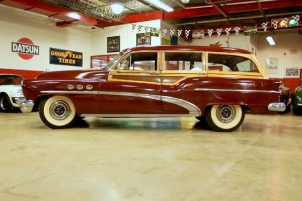 1953-buick-super-eight-estate-woody-side-view