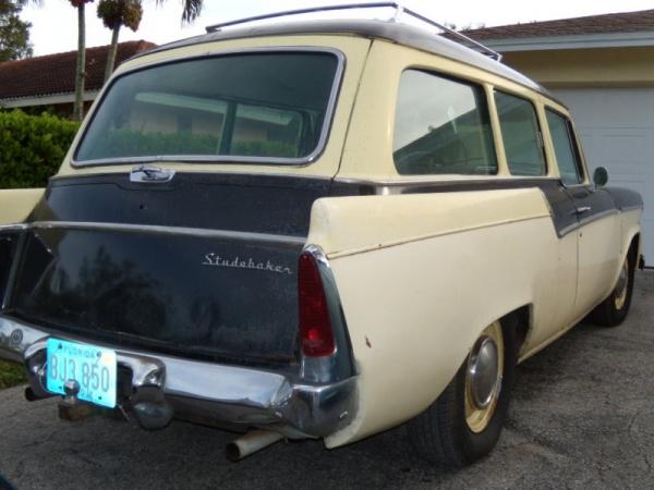 1956-studebaker-commander-parkview-wagon-rear-corner