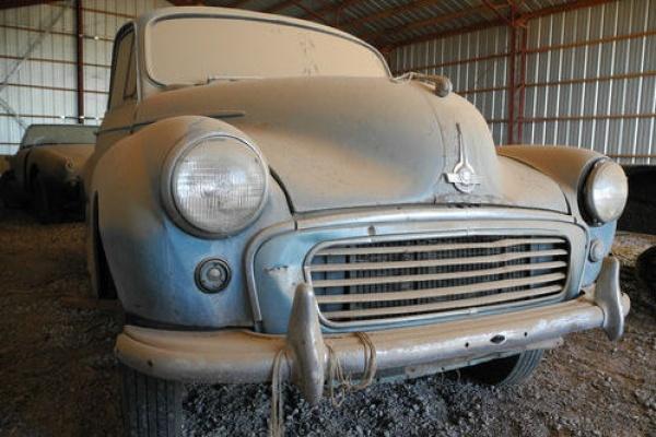 1960-morris-monor-barn-find