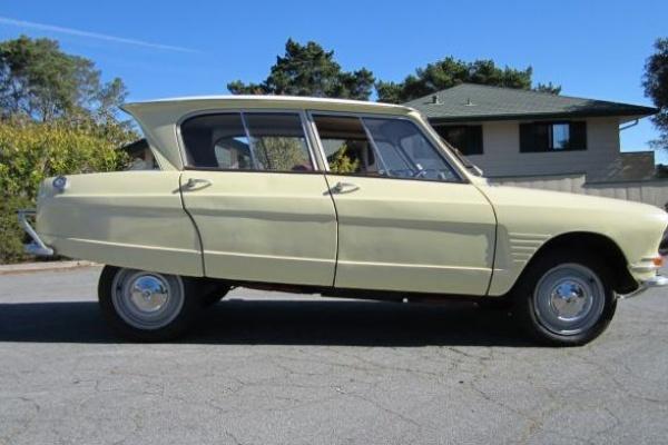1965-Citroen-Ami-6-Berline-side