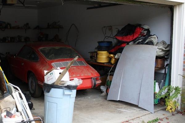 1968-porsche-912-garage-find-cleared-off