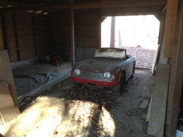 1968-triumph-tr250-barn-find