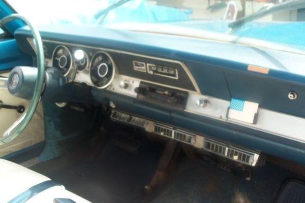 1969-Plymouth-Barracuda-survivor-dash