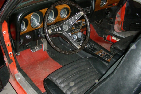 1969-Shelby-GT500-interior