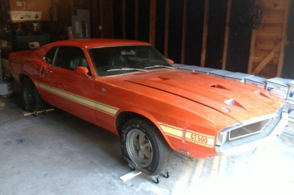 1969-Shelby-GT500-side