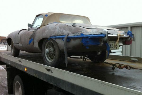 1970-Jaguar-XKE-Roadster-project-rear