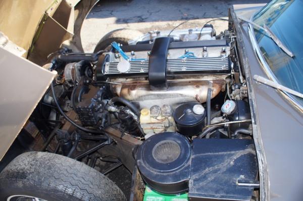 Jaguar E Type Barn Find Engine on 4 2l Engine Problems