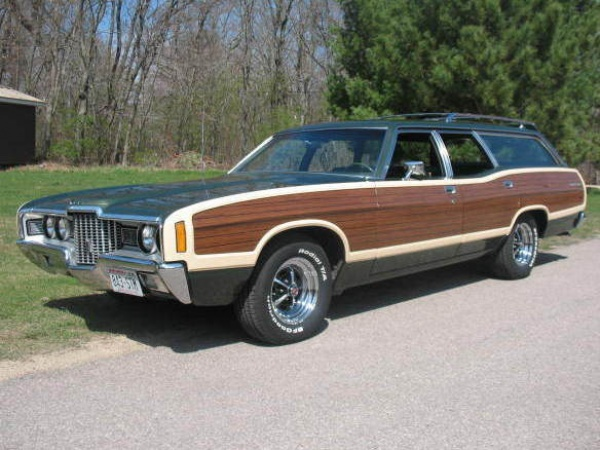 country charm 1971 ford country squire. Black Bedroom Furniture Sets. Home Design Ideas