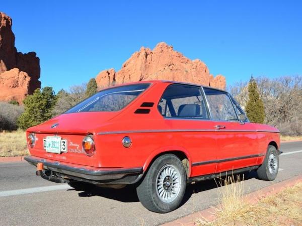 1973-BMW-2002-Touring-rear
