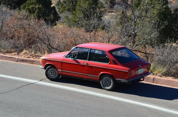 1973-BMW-2002-Touring-side