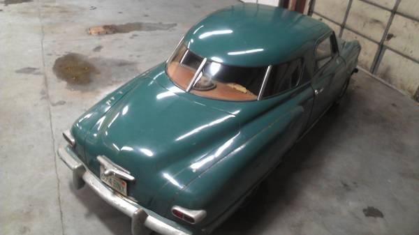 1948-Studebaker-Champion-rear-window