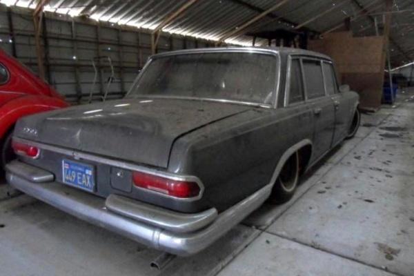 1965-mercedes-600-barn-find-rear-corner