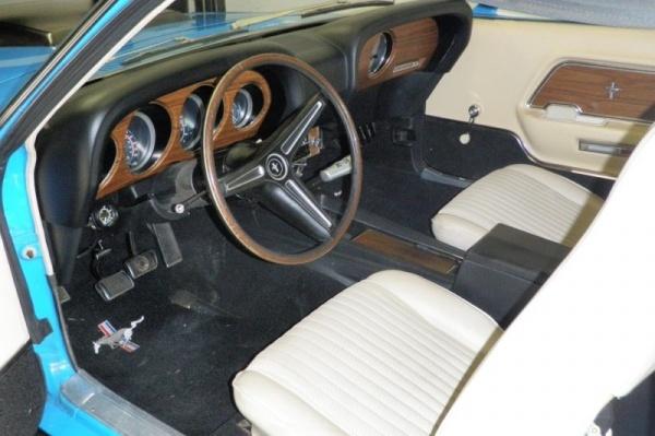 1970-Boss-429-Survivor-interior